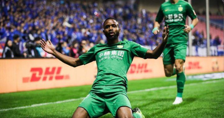 Bakambu offre 3 points et la première place à Beijing !