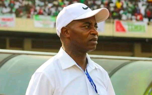 DCMP: le coach Isaac Ngata bloqué à Brazzaville