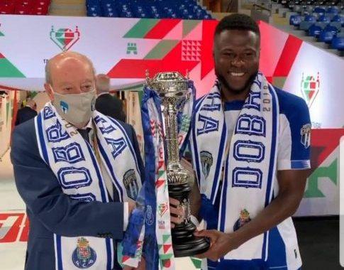 Grâce  au doublé de Chancel Mbemba, Porto Fc sacré champion