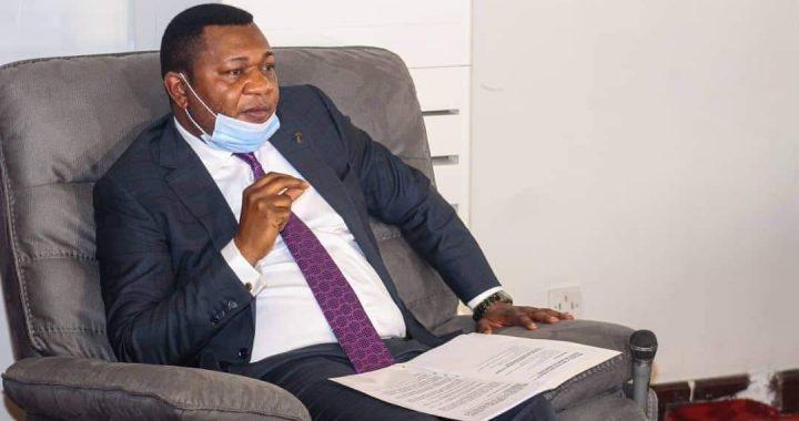 Amos Mbayo échange avec les 4 représentants aux interclubs
