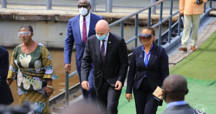 Gianni Infantino à Kinshasa pour des échanges avec Félix Tshisekedi